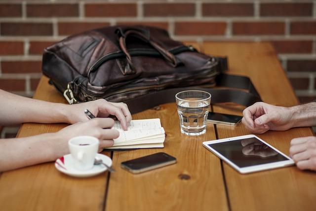 La prima riunione di redazione
