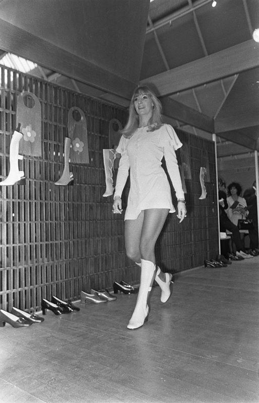 minigonna anni 60